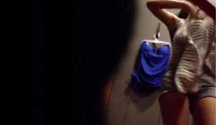 Gara2 Naro Spycam Di Ruang Ganti Toko Baju