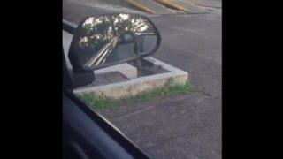 Cewek Jilboobs Pecinta Adrenalin Rush Coli dimobil Saat Parkir